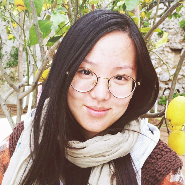 A picture of Yiying Zou, front end developer